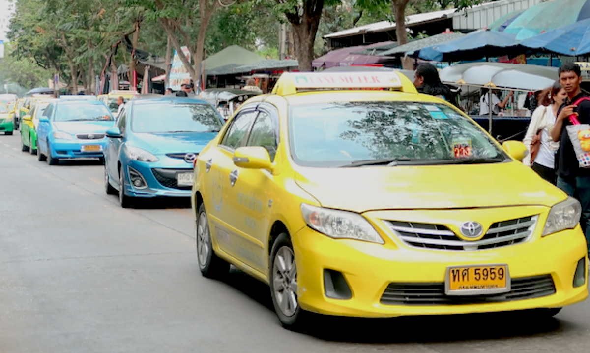 How to Get a Taxi from Suvarnabhumi Airport Bangkok